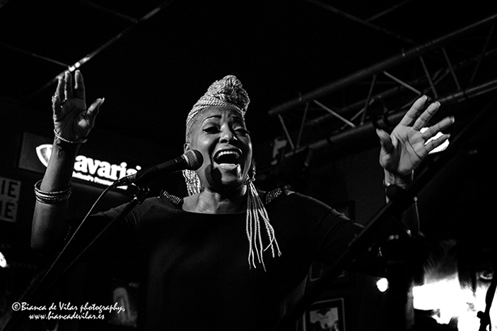 MARTHA HIGH & THE SOUL COOKERS AT LOUIE LOUIE ESTEPONA 2017